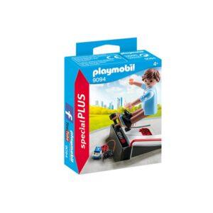 9094-playmobil-skateboarder-me-rampa